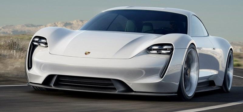 Kezdődik a Porsche és a Tesla harca