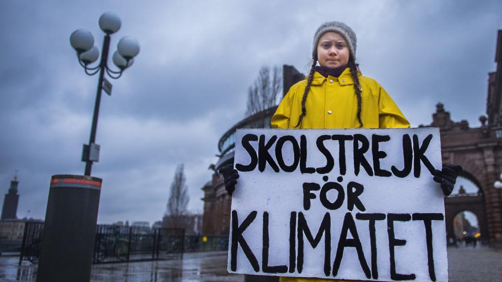 16 éves lány áll a klímaváltozás elleni harc élén